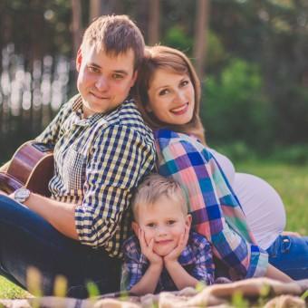 Алла и Фёдор с сыном Вовой