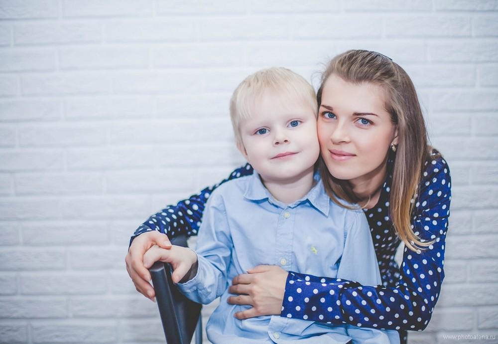 Анна и Елена с детьми — Семейная фотосессия