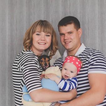 Вера и Сергей с дочкой Полиной
